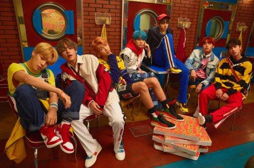 04-BTS-press-photo-2017-billboard-a-1548
